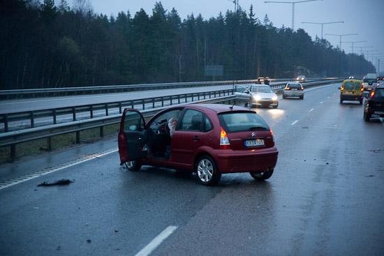 Trafikolycka E-18 Järfälla