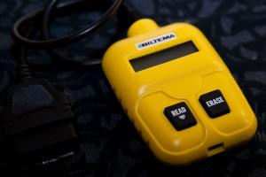 Läs av bilens felkoder med en felkodsläsare